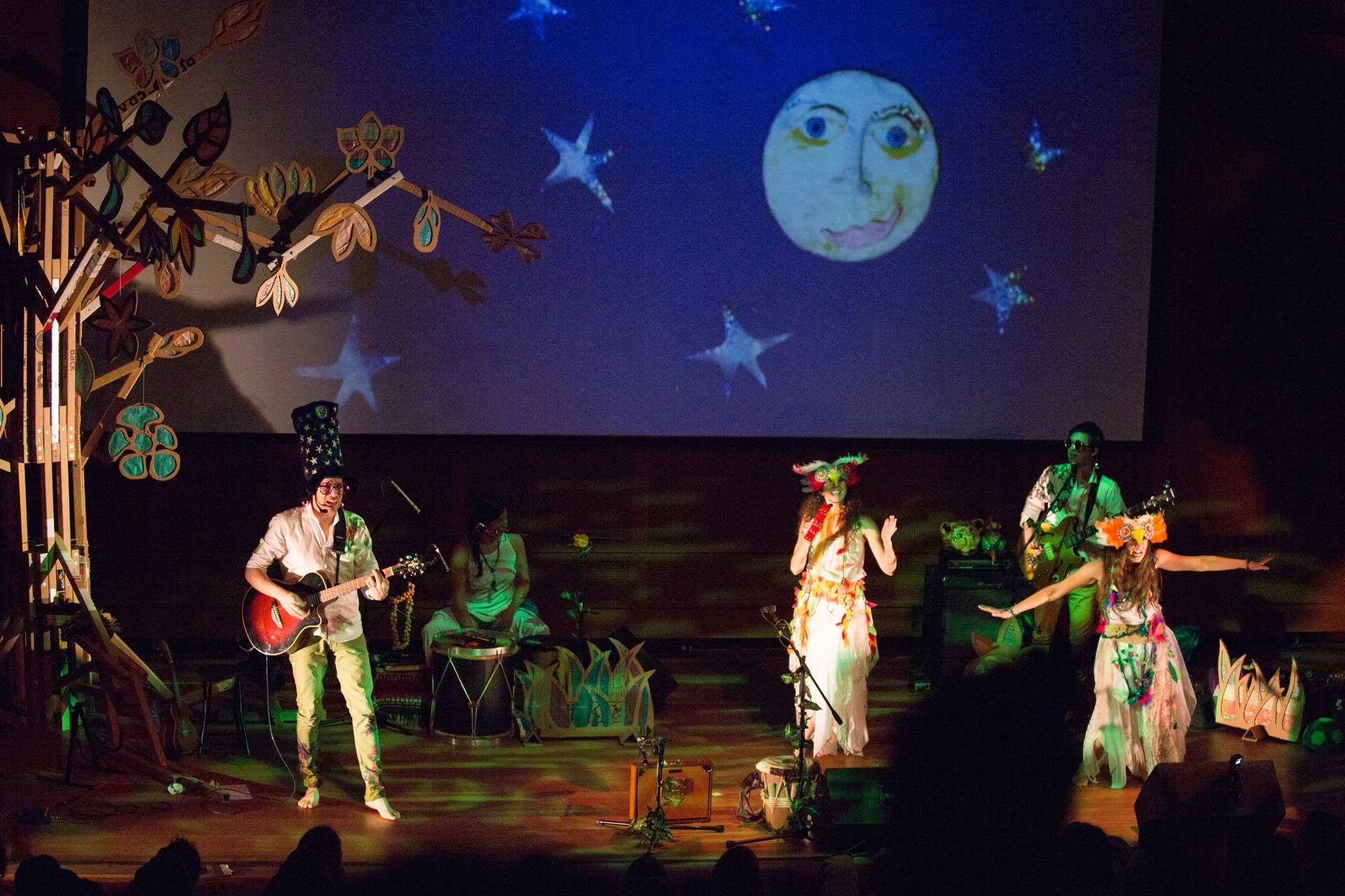 35th International Hispanic Theatre Fest: Un Bosque Encantado